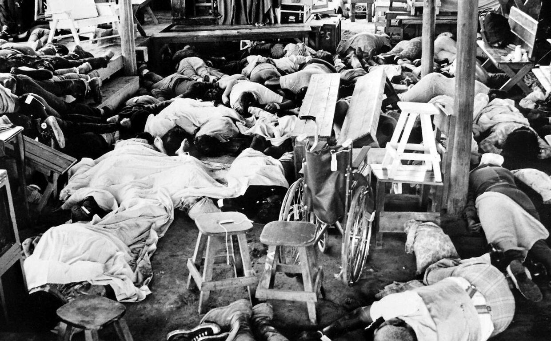 Der blev fundet 914 døde i Jonestown.