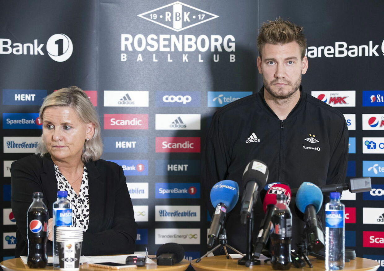 Pressemøde i Rosenborg BK om Nicklas Bendtners overfald på en taxachauffør. Han undskyldte over for klubben, sine fans og sine medspillere - men ikke over for chaufføren.
