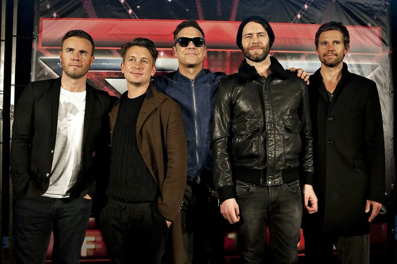 Et gendannet Take That optrådte i 2011 i Parken under X Factor-finalen.