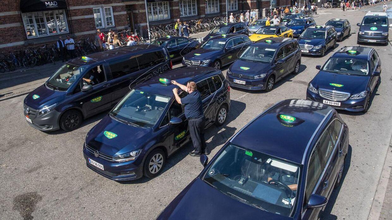 Arkivfoto. Taxi 4x27 og nu også TAXA 4x35 trækker i land og sænker deres nytårspriser.