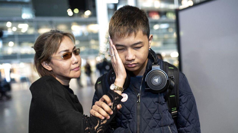 Alex er blevet udvist af Danmark, fordi myndighederne vurderer, han ikke kan integreres i Danmark.