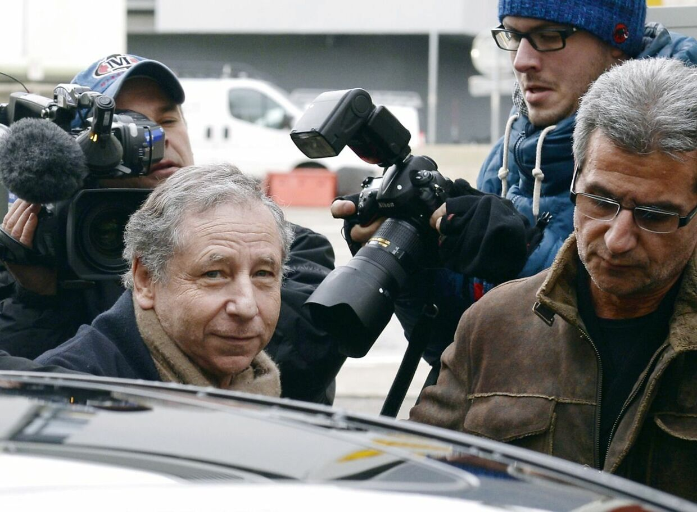 Jean Todt var Michael Schumachers chef hos Ferrari. Nu besøger han Schumacher mindst et par gange om måneden.