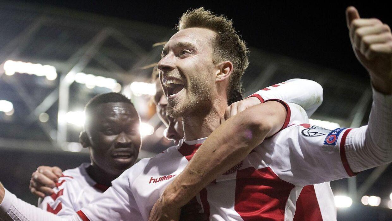 Christian Eriksen blev helten, da Danmark tævede Irland 5-1 og kom med til VM. Næste år møder han og Danmark dem igen.