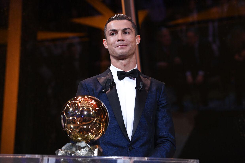 Cristiano Ronaldo har vundet titlen som verdens bedste fodboldspiller i 2008, 2013, 2014, 2016 og 2017.