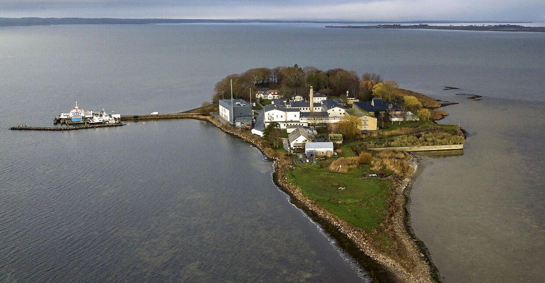 Udviste kriminelle udlændinge skal ud på Lindholm Ø i Stege Bugt. »Det bliver jo det rene Alcatraz,« siger Gert Rosenfeldt, der flyttede til Stege fra København for tre år siden.