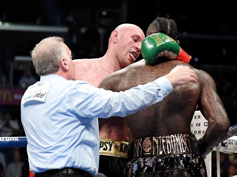 Kampen mellem de to boksere endte uafgjort.