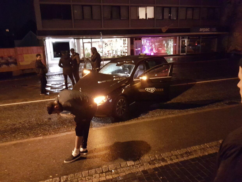 Efter sammenstødet gik alle fra ulykken uden alvorlige skader.