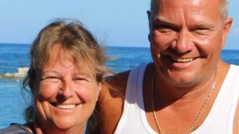 Bent Jensen og konen, Tine, ses her sammen, før Bent blev syg. Han har tabt sig 21 kg. Foto: privat.
