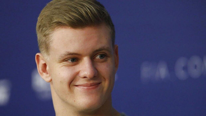 Mercedes bejler helt åbenlyst til unge Mick Schumacher (REUTERS/Anton Vaganov)