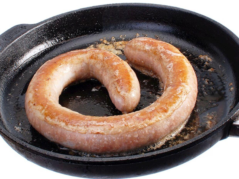 Salmonella er en bakterie, der også findes hos og smitter via dyr.