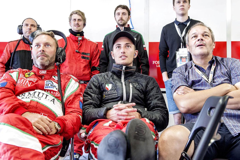 Mikkel Mac tilbage i 2016 i selskab med sit team på Le Mans.