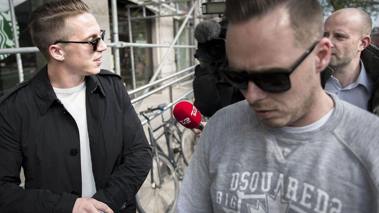Nicki Bille er tidligere blevet dømt i retten. Her i 2014, hvor han fik en betinget fængselsdom på 60 dage. Han blev også idømt 80 timers samfundstjeneste. Dette var resultatet af en bytur i København sidste år, som endte med en dramatisk anholdelse, efter Bille havde råbt op, sparket til en cykel og en parkeringsautomat og gjort modstand mod politiets anholdelse.