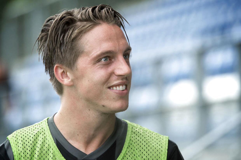 (ARKIV) Træningskamp Esbjerg mod Lyngby. Nicki Bille debuterer for Esbjerg mod Lyngby. Nicki Bille. . (Foto: Jens Nørgaard Larsen/Ritzau Scanpix)