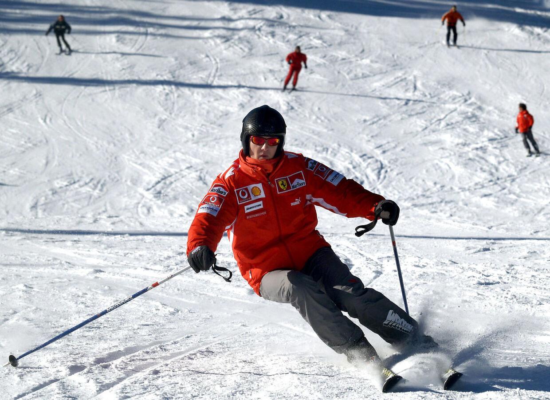 Michael Schumacher på ski i 2005.