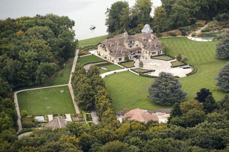 Michael Schumachers hjem i Gland i Schweiz, hvor han modtager daglig hjælp efter sin skiulykke.