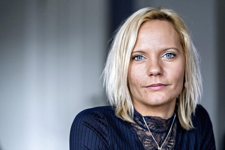 Stine Aagaard Hansen, der er mor til Magnus, forstår ikke, hvorfor hendes handicappede søn ikke får mere træning bevilliget.