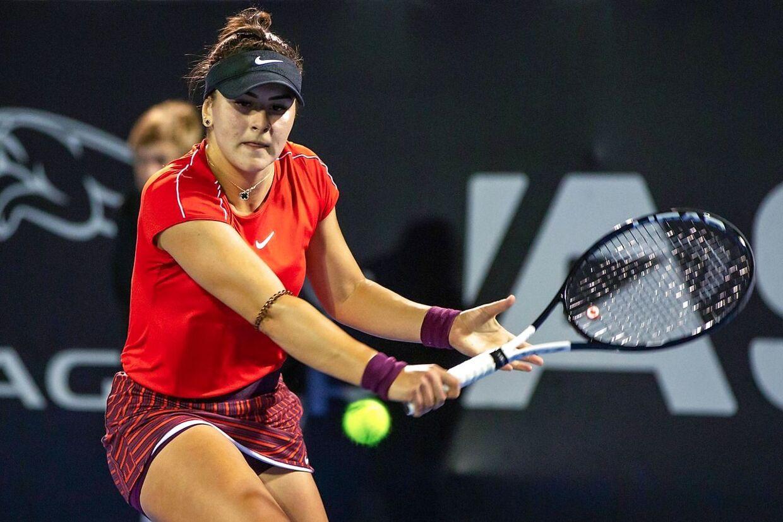 Bianca Andreescu har fået en forrygende start på 2019. Torsdag besejrede hun Caroline Wozniacki ved WTA-turneringen i Auckland og fredag vandt hun over Venus Williams,