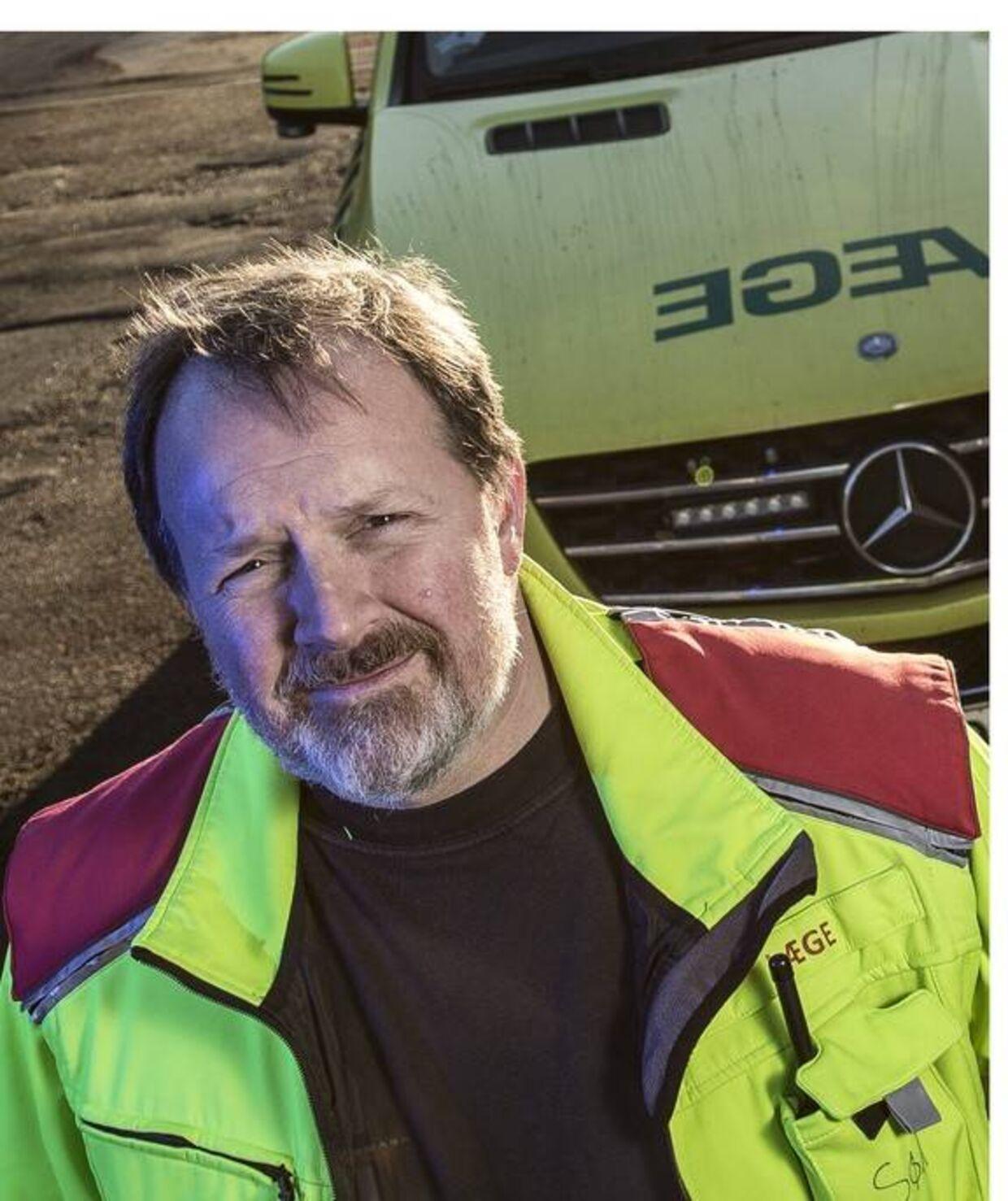 Søren Mikkelsen er indsatsleder hos Ambulance Syd og var en af de første, der gik igennem det forulykkede tog onsdag morgen.