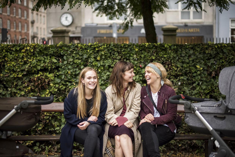 Laura Christensen (tv), Neel Rønholt (midten) og Julie Ølgaard (th), der sammen udgør NIPS.