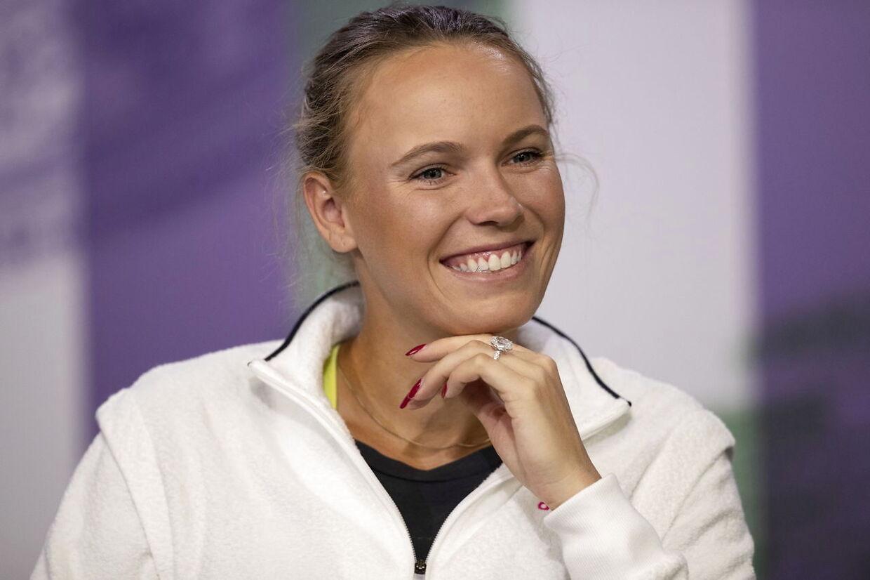 Caroline Wozniacki vil efter planen igen stille op for Danmark.
