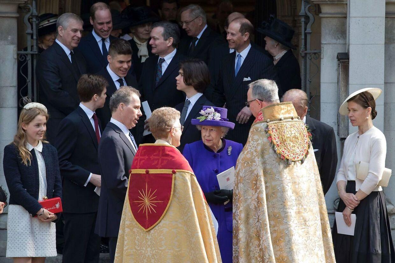 Lord Snowdons begravelse. han er bedstefar til Arthur Chatto, der kan ses med kortklippet hår og storsmilende. / AFP PHOTO / POOL / Justin TALLIS