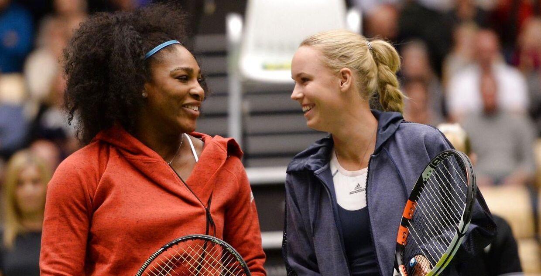 Caroline Wozniacki mødte Serena Williams i en opvisningskamp i BoXEN i Herning i 2015.