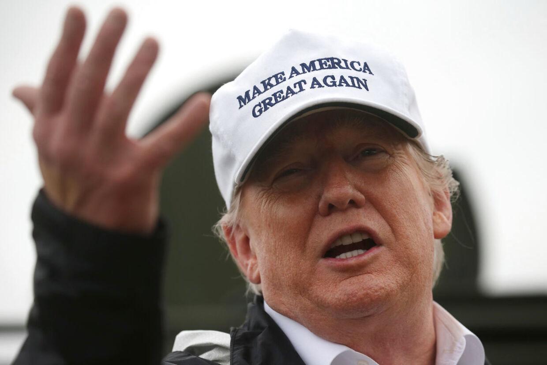 Arkiv: Donald Trump annoncerede kort før jul, at USA trækker sine tropper ud af USA