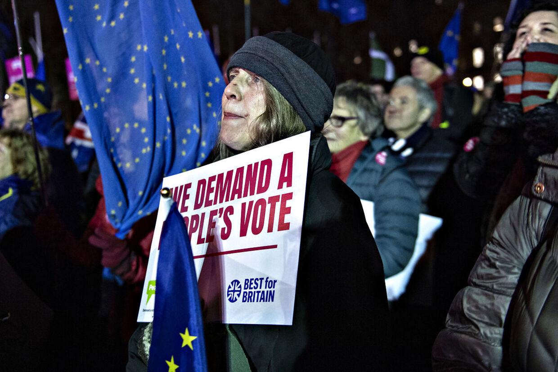 Historisk nederlag til Theresa May. Det britiske parlament har forkastet premierminister Theresa Mays brexitaftale. London tirsdag den 15. januar 2019.