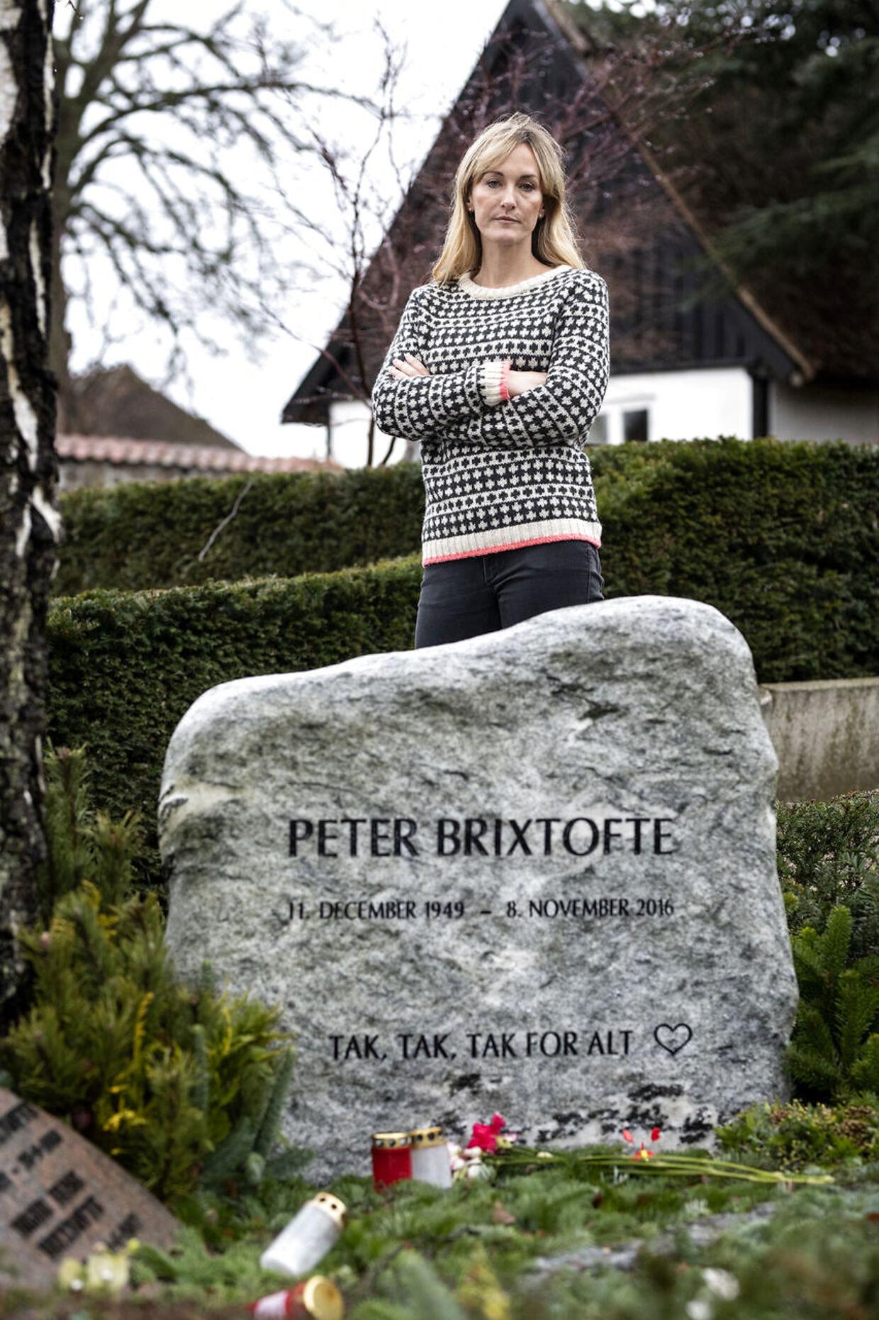 Marie Brixtofte på Farum Gamle Kirkegård.