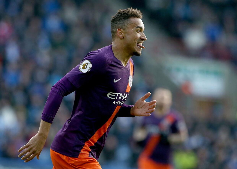 Danilo gjorde det til 1-0 for Manchester City.