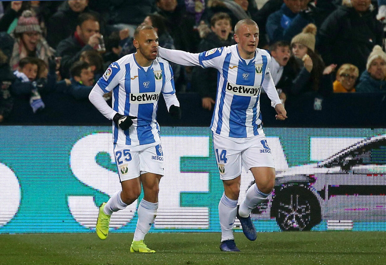 Soccer Football - Copa del Rey - Round of 16 - Second Leg - Leganes v Real Madrid - Butarque Municipal Stadium, Leganes, Spain - January 16, 2019 Leganes' Martin Braithwaite celebrates scoring their first goal with Vasyl Kravets REUTERS/Javier Barbancho
