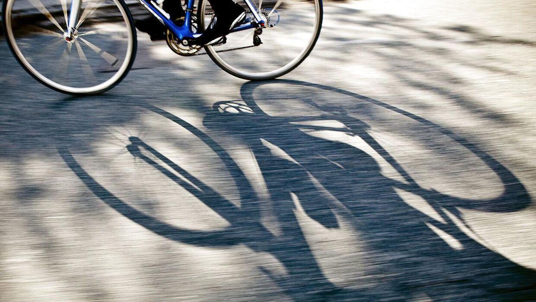 Politiet gennemfører i uge 4 en målrettet indsats mod cyklister og knallertkørere, der af og til tager unødvendige chancer i trafikken og bryder færdselsloven til gene for andre trafikanter og med risiko for ulykker.