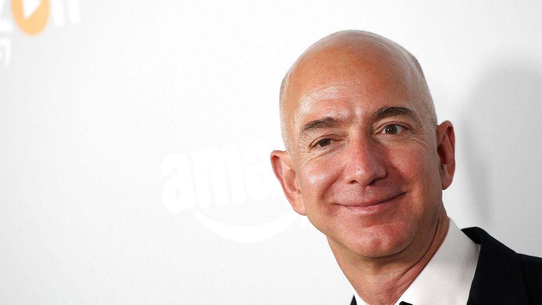 Amazon.com's ejer Jeff Bezos er en af de 26 personer, som ifølge nyt studie ejer lige så meget som den fattigste halvdel af Jordens befolkning.