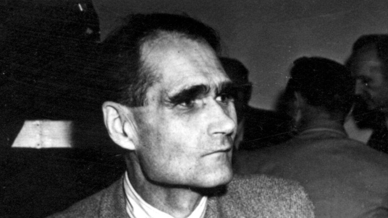 Nazisten Rudolf Hess begik selvmord i Spandau-fængslet i 1987.