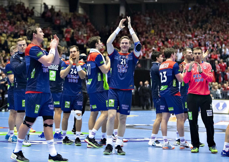 Norge gjorde selv arbejdet færdigt onsdag ved at besejre Ungarn i den sidste mellemrundekamp.