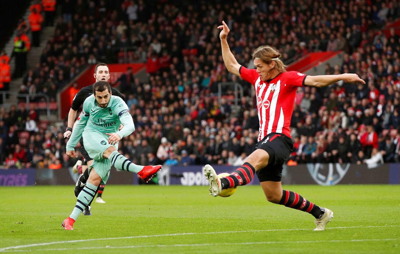 Southampton leverede en af de helt store præstationer, da de slog Arsenal 3-2.