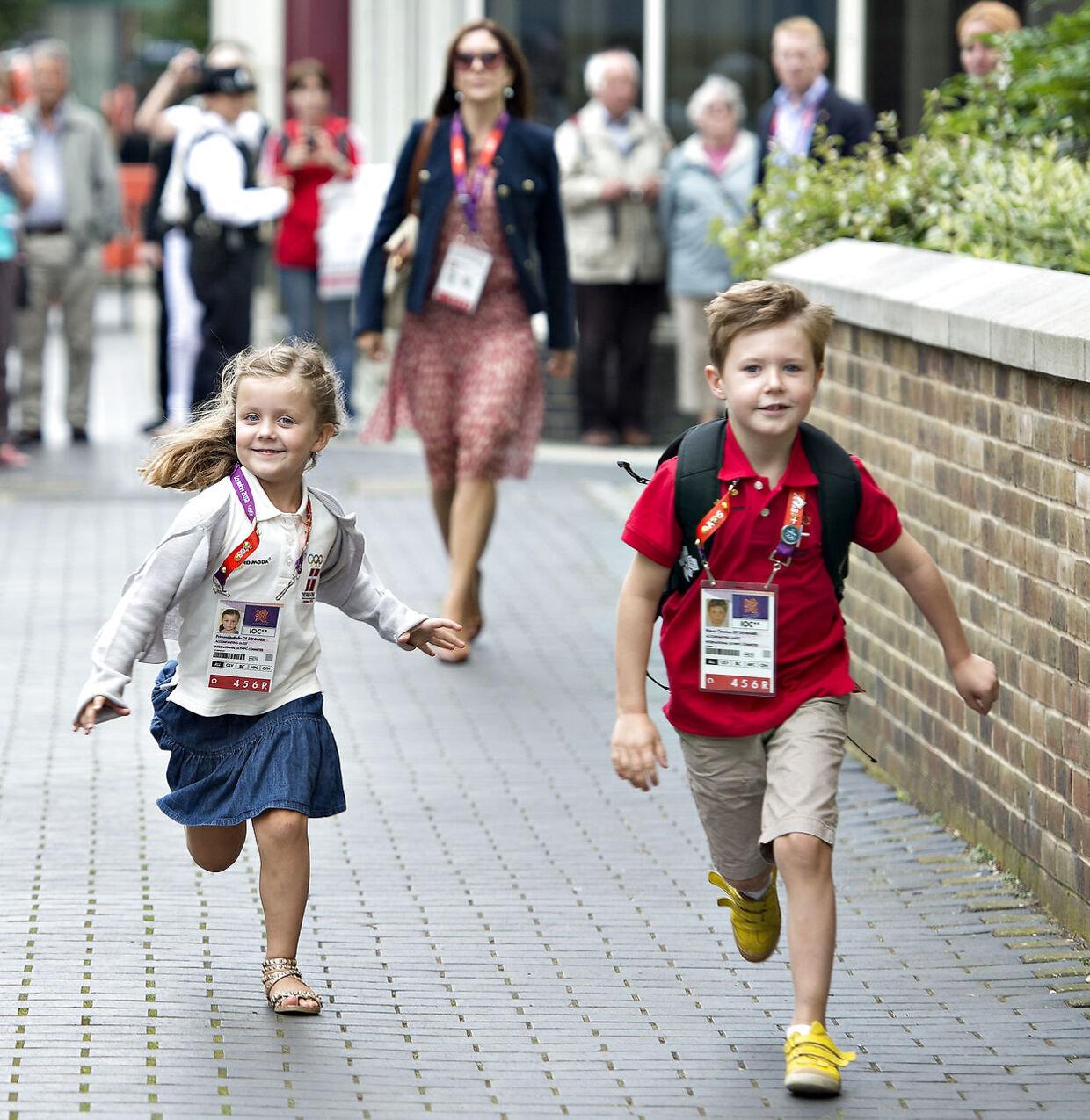 Da prins Christian og prinsesse Isabella var til OL i London i 2012 var der også fuldt tryk på.