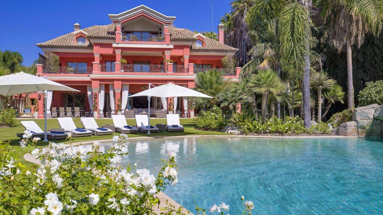 Her ses luksushuset, som Tine Hagemeister skal sælge.