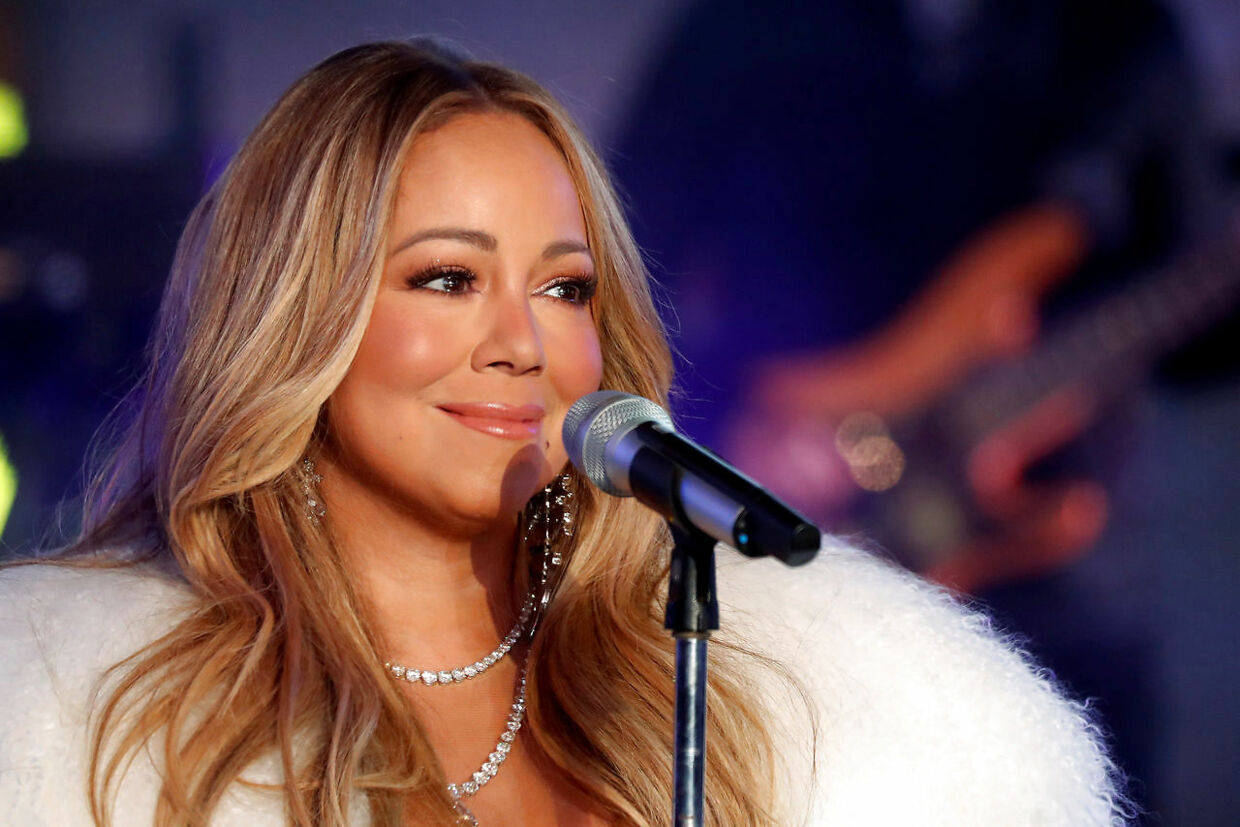FILE PHOTO: Mariah Carey performs during New Year's eve celebrations in Times Square in New York City, New York, U.S., December 31, 2017. REUTERS/Carlo Allegri/File Photo