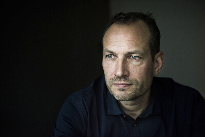 Martin Thorborg er 48 år gammel, bor sammen med sin kæreste og har to børn fra et tidligere ægteskab. Han blev født i Gentofte, men voksede op i Bagsværd. Martinstiftede sit første firma, MTH Data, i 1993. Sidenhen har han været en del af CyberCom, Jubii, Amino.dk og Dinero; sidstnævnte er han i dag er direktør for. Martin Thorborg har forfattet bøgerne 'E-Pusher' og 'Iværksætter til jeg dør', og så er han foredragsholder. Kilde: Berlingske.