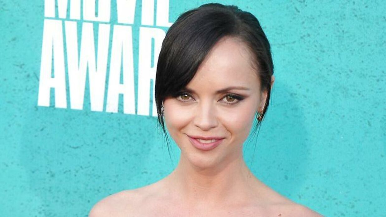 Skuespiller Christina Ricci ankommer til MTV Movie Awards i Universal Studios, Los Angeles, Californien. Juni 2012. AFP PHOTO.