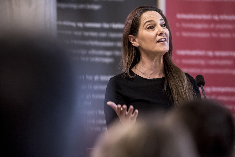 Sundhedsordfører Jane Heitmann (V) bliver kritiseret for at stille spørgsmål, der bliver anset for at skulle bruges til en smædekampagne mod regionerne. (Arkivfoto) Mads Claus Rasmussen/Ritzau Scanpix