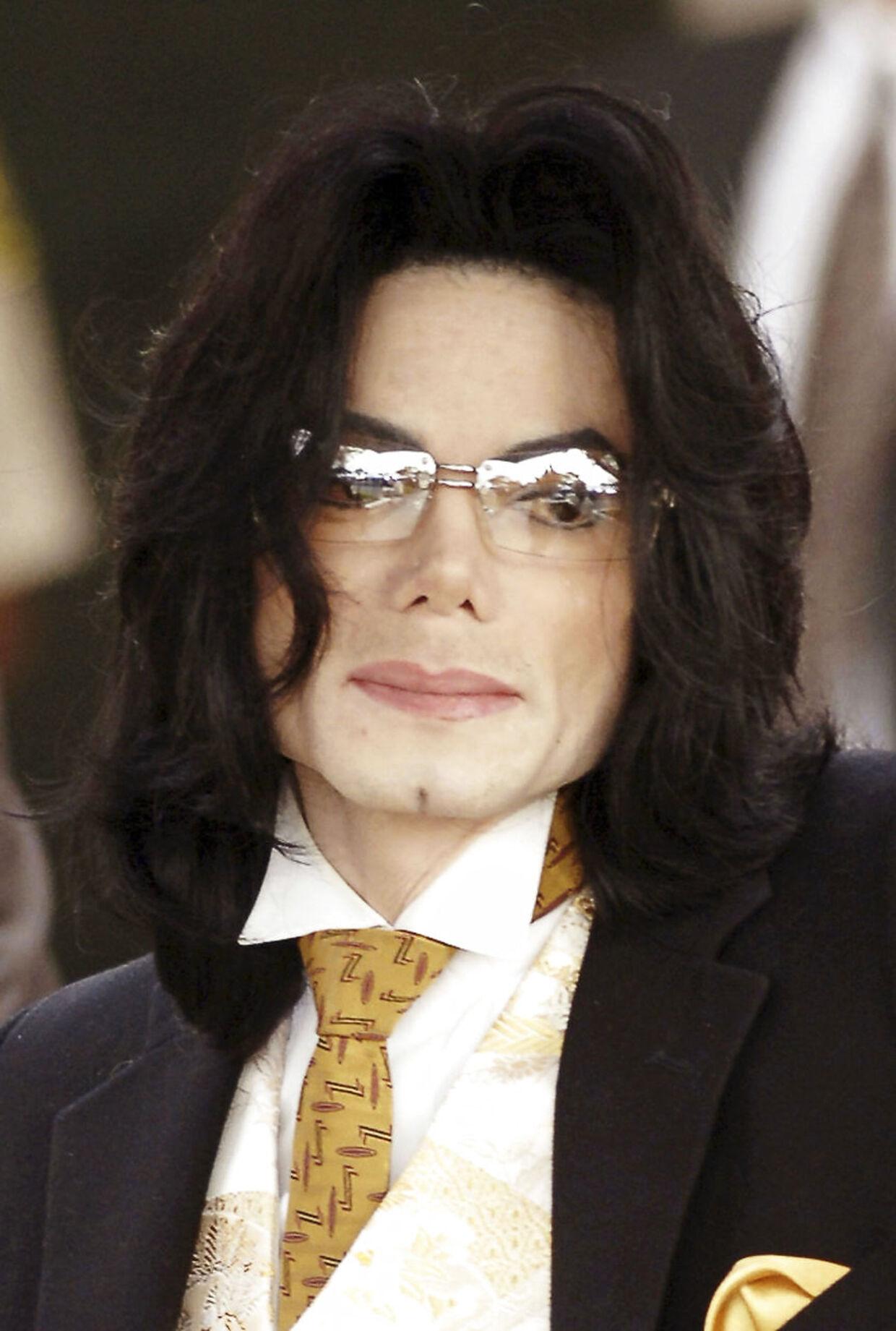 Michael Jackson fortæller om en ekstremt hård og ensom barndom.