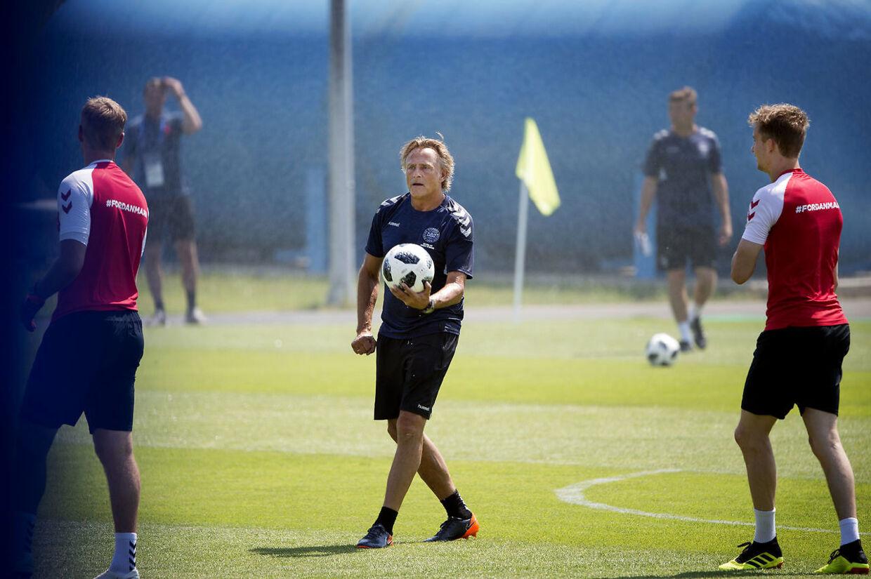 Lars Høgh er både målmandscoach for det danske landshold og Brøndby IF.