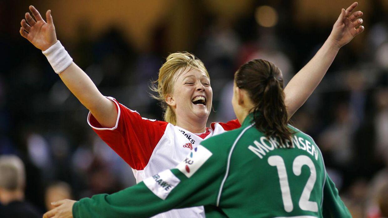 Karen Brødsgaard og Karin Mortensen fra de gyldne landsholdsår starten af 00'erne.