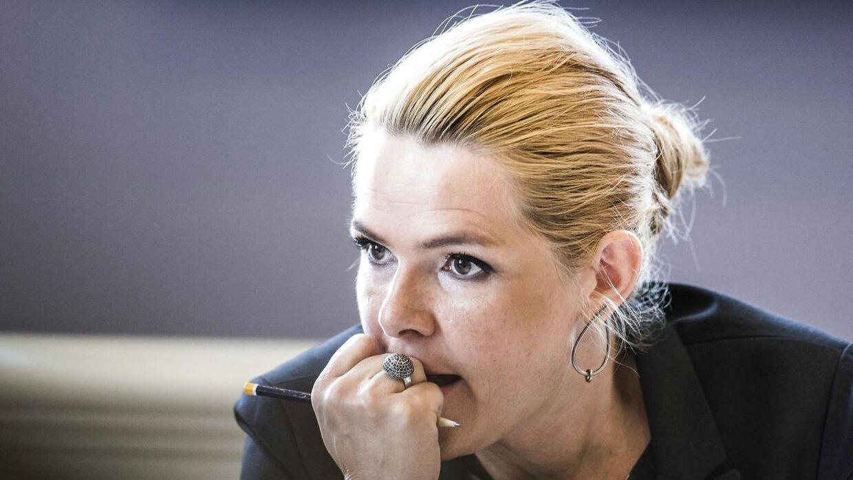 Udlændinge- og integrationsminister Inger Støjberg (V) præsenterede onsdag nye regler om familiesammenføring med børn. Reglerne vil gælde fremadrettet, og der er derfor intet, der indikerer, at Mint eller de andre udviste børn for glæde af ændringerne.