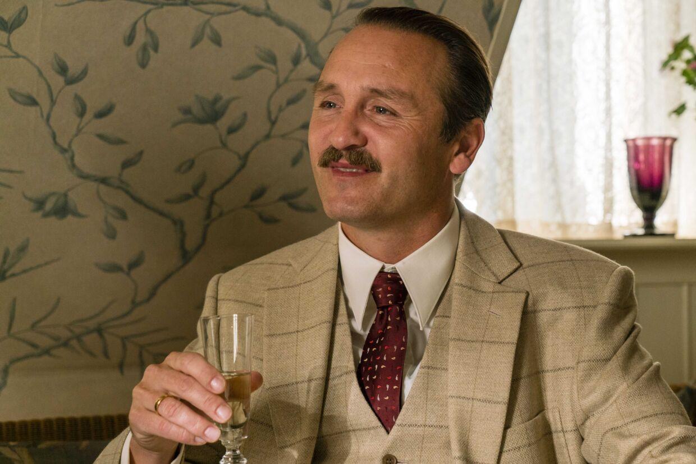 Hr. Madsen.