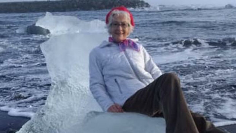Judith Streng poserede på et isbjerg. Det skulle vise sig at være en meget dårlig idé.