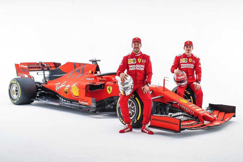 Mission Winnow-reklamerne fra Philip Morris kan her ses hos Ferrari på 2019-racerens forvinger og bagvinge.