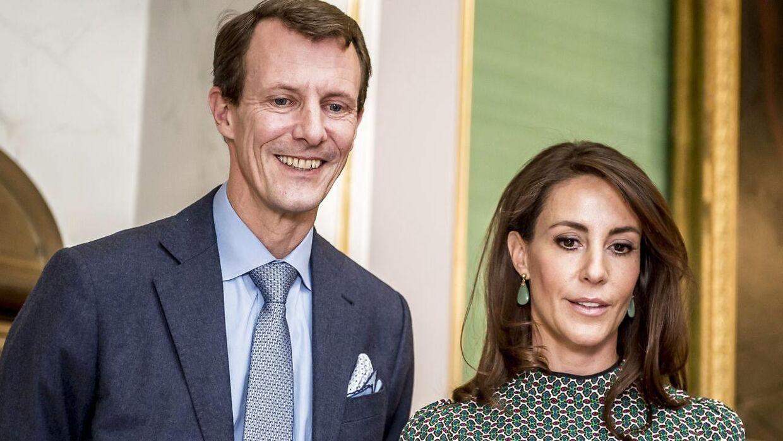 Prins Joachim og prinsesse Marie får apanagen med, når de flytter til Paris sammen med deres to børn. Ikke i orden, mener danskerne.